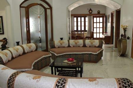 Garden Villa Homestay - Udaipur - Villa