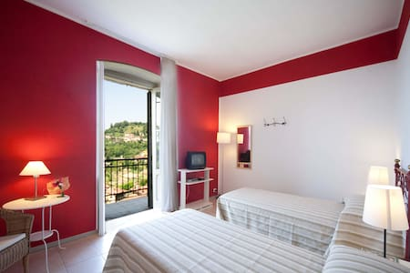 B&B A Casa Mia - Red Room - Bergamo