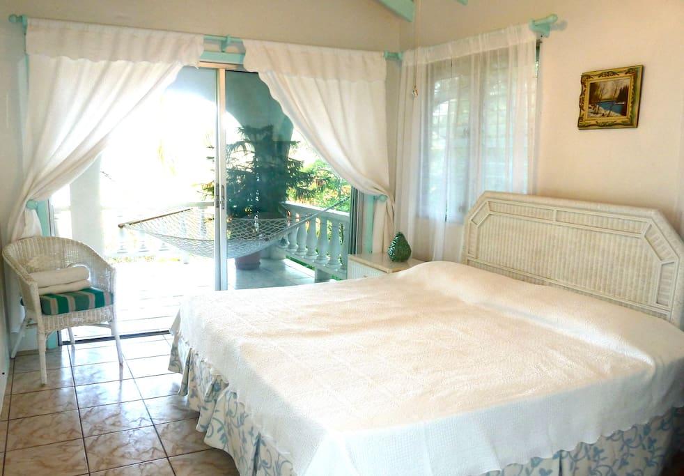 Upper Villa - Bedroom1
