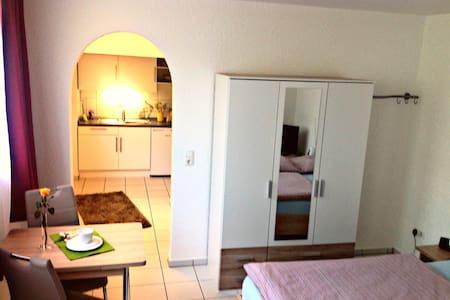 wunderschönes Apartment -nähe Uni - Pis