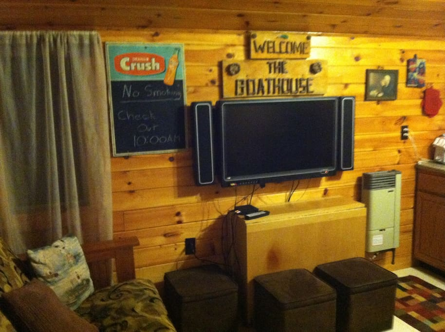 2 Bedroom Cabin on Lake Champlain