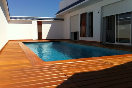 House with swimming-pool in Gammart - La Marsa - Hus
