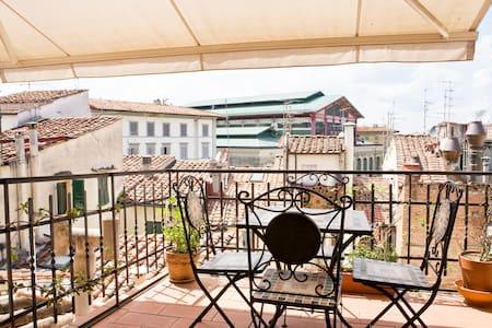 Bright flat,Terrace central Firenze