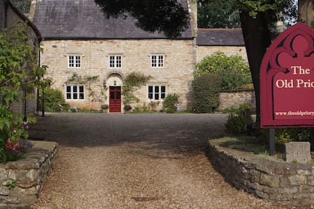 The Old Priory - Midsomer Norton - Casa