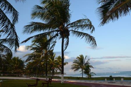 Conforto a 100 metros da praia - Casa