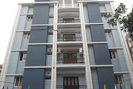 3BHK Serviced Aprt. In Gachibowli - Lägenhet