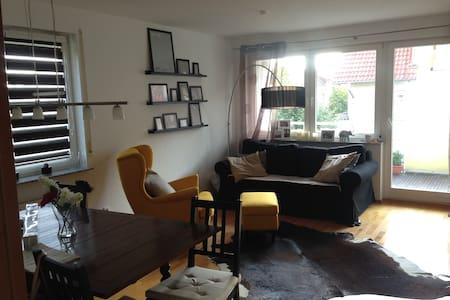 Nette Wohnung im Remseck - Appartement
