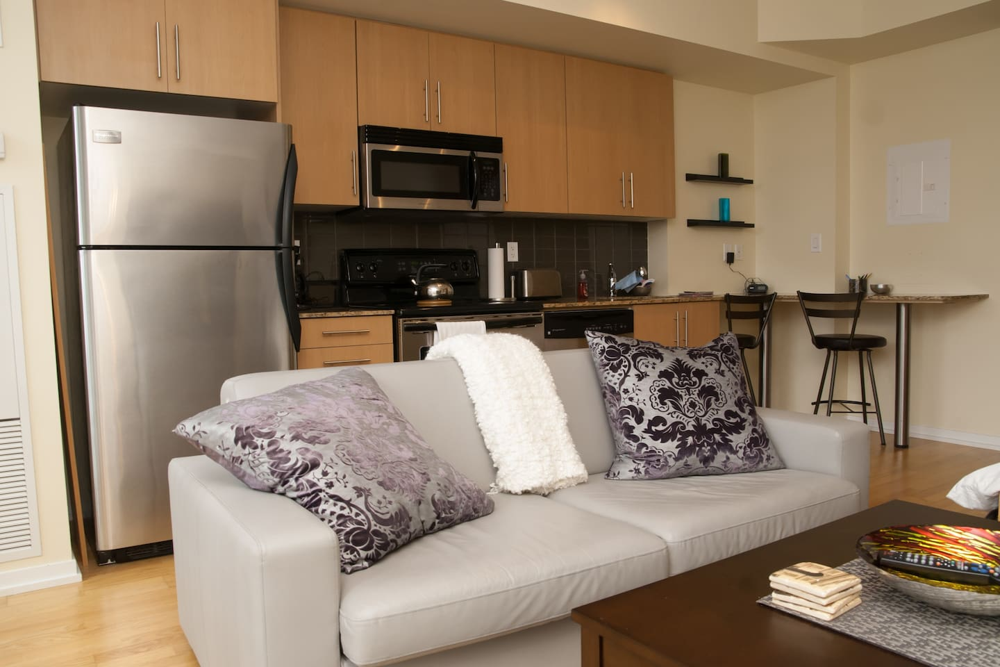 Modern, fully furnished studio suite in the heart of downtown