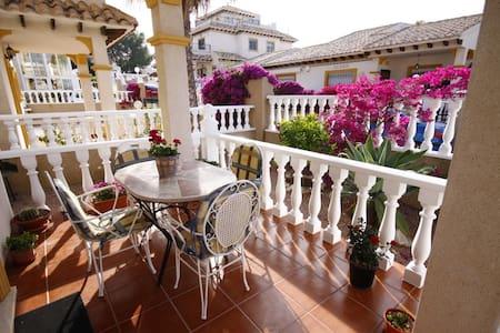 Casa Uibhist modern 2 bedroom villa - Orihuela - Villa