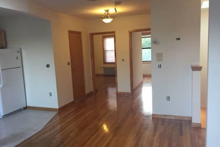 1BR in Gorgeous Greenpoint 2BR