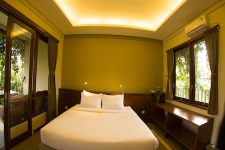 Rumah Taman Ubud, Family room