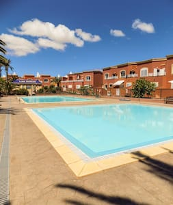 """Little Duna Relax, """"poolfront"""" - Corralejo - House"""