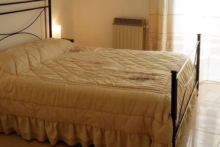 B&B Il-cantastorie (prov di Matera) - Montalbano Jonico - Bed & Breakfast
