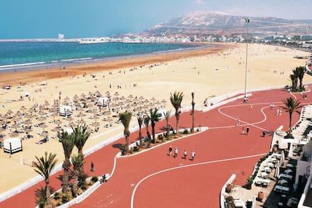 Grande Villa a 15 min de la plage