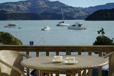 Akaroa Waterfront Apartment - Apartment