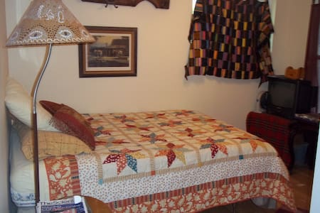 Horse ranch house room