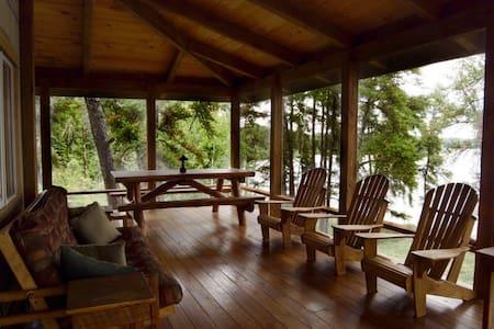 Juniper - Falcon Trails Resort - Falcon Lake - Chalet