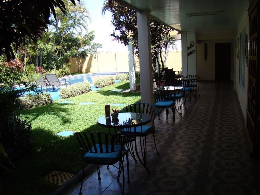 Hotel Colonial Escazú - 2 queen bed