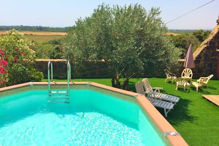 Farmhouse with pool and garden