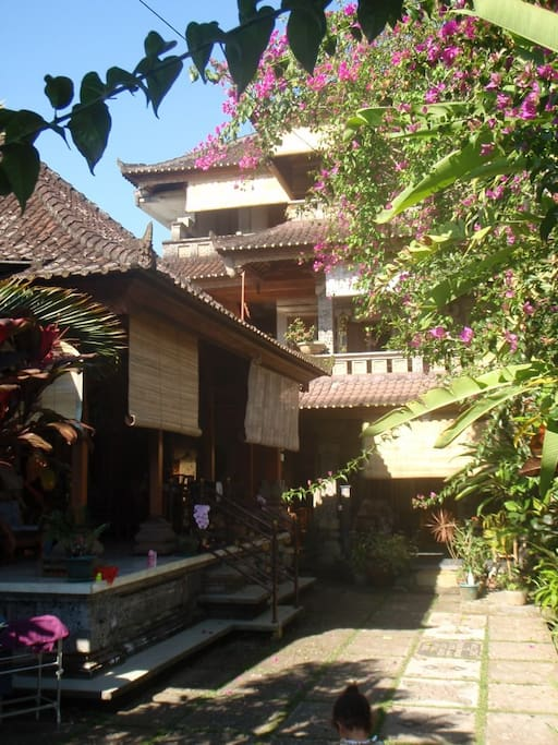 Taman Sari Guest House, 3 storey tower and separate bungalow...you are on the 3rd Floor