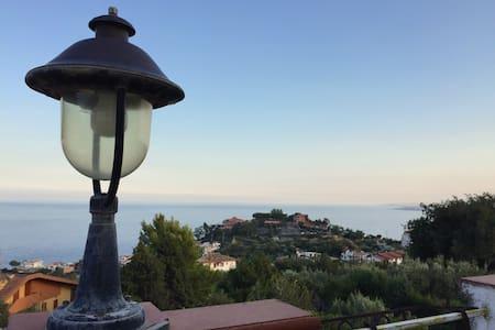 Beautiful sea sight view apartment - Stalettì - Wohnung