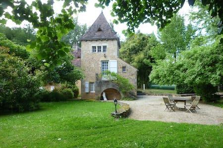 Moulin de l'énéa /Gîte 4/6 pers - Carsac-Aillac