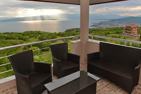 Velestovo House - One-Bedroom Apart - Ohrid - Rumah