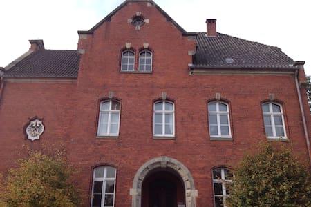 Ehemaliges Amtsgericht - Neuhaus (Oste) - Autre