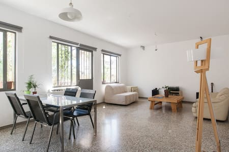 Central Loft at Psyri Area - Athina