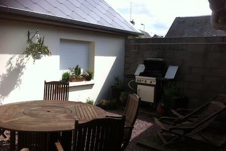 Valley Cottage in pretty village - Grandcourt