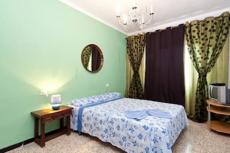 Double room in the center of Palma