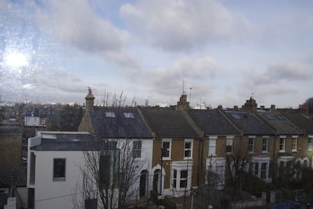 Brixton Victorian Flat, City Views