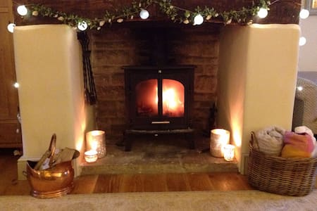 Perfect Christmas Dorset Cottage - House