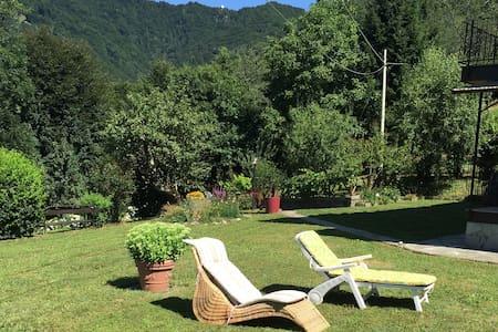 Sole, natura e montagna - Wohnung