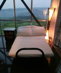 Amazing view from a modern loft - Bed & Breakfast