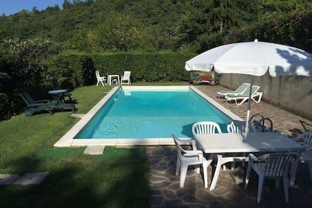 Casa con piscina campagna Mugello - scarperia