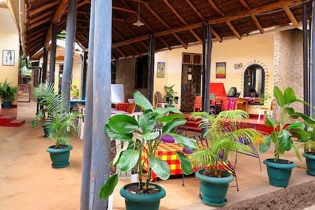 Mama Simba Homebase, Kilimanjaro - Bed & Breakfast
