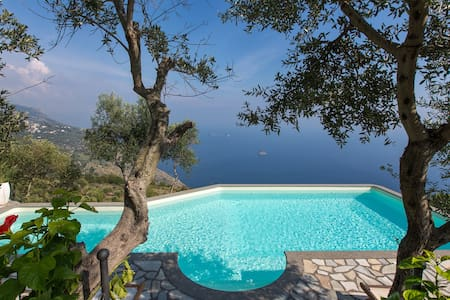 Amazing villa with sea view - Sant'Agata sui Due Golfi - Villa