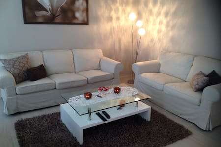 *** LUXURY BONN CITY FLAT ***