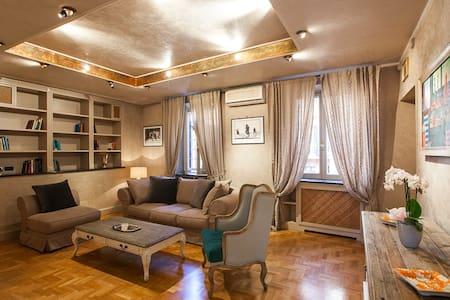 NA Spanish luxury apartment