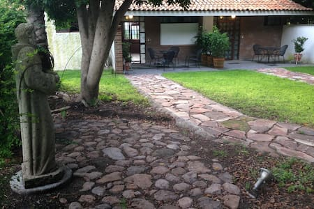 "Tranquilidad en Suite ""La Palma"" - Comonfort - Bed & Breakfast"