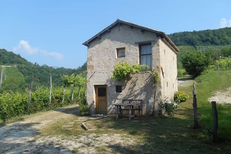 Cottage in the Prosecco hills - House