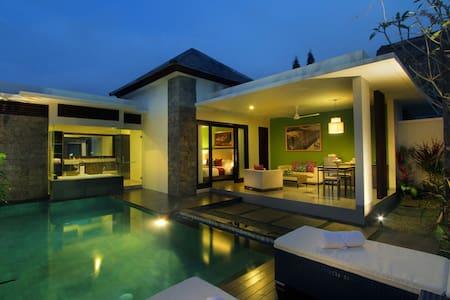 Luxury Villa in Central Seminyak #1