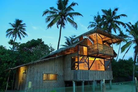 Thumpolly Beach villa