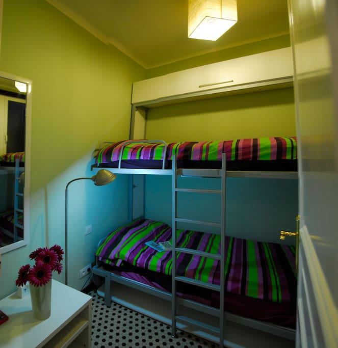 Two beds- Ramblas- Charming