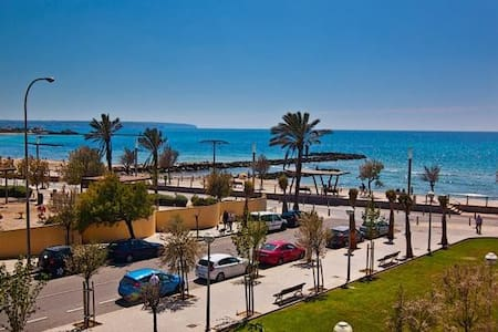 DOUBLE ROOM VERY ECONOMIC NEAR THE BEACH - Palma - House