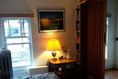 House in Jim Thorpe Small Bedroom - 獨棟