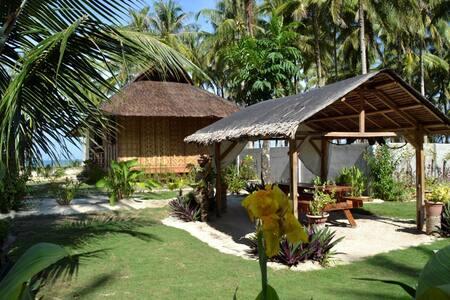 Guest house 2 bungalow front de mer