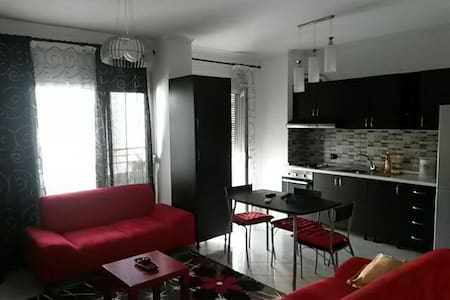 Apartment furnished cute and clean