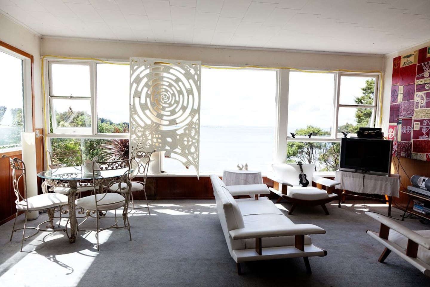 Lounge with views to the Manukau Harbour.